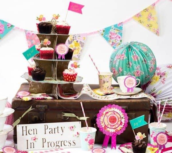 pretty-vintage-hen-party1